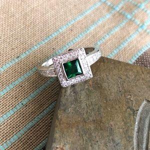Emerald White Topaz Sterling Silver Ring Sz 8